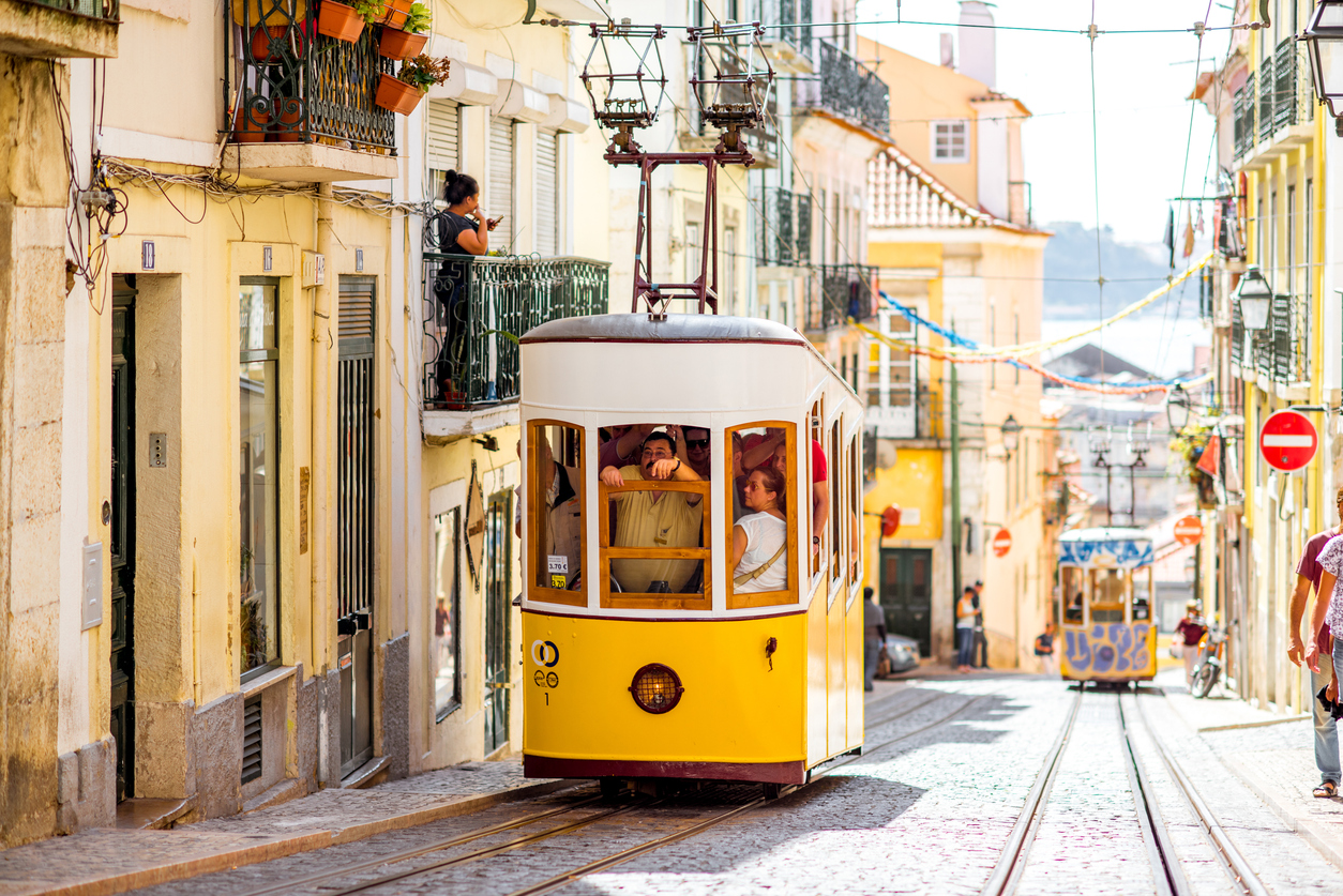 THE BEST HOLIDAY DESTINATIONS IN PORTUGAL LISBON