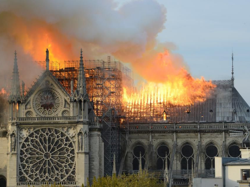 noter-dame-cathedral-fire-paris
