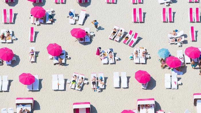 pink-beach-club