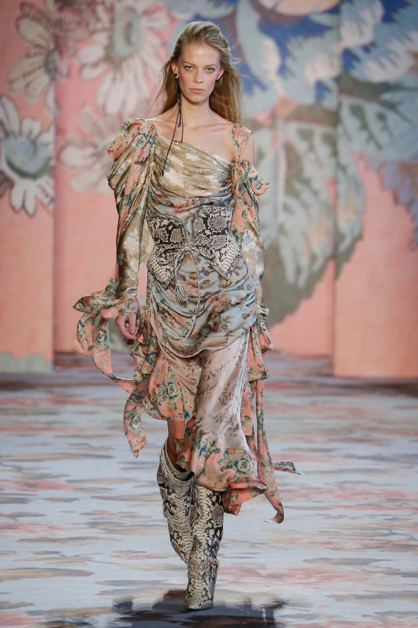 Every Piece We Love From Zimmermann S Fw18 Collection Remix Magazine