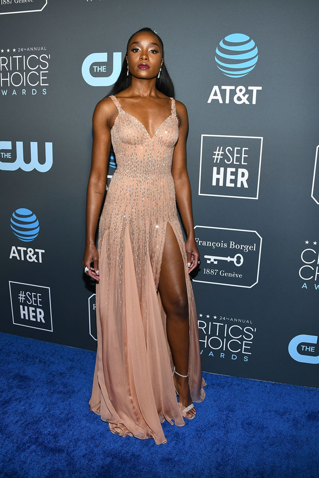 Kiki Layne In Atelier Versace 2019 Critics Choice Awards 5